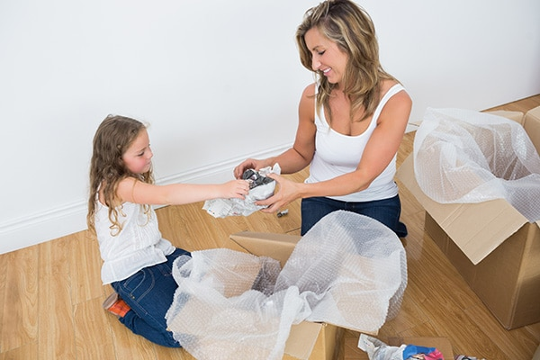 How to pack fragile items