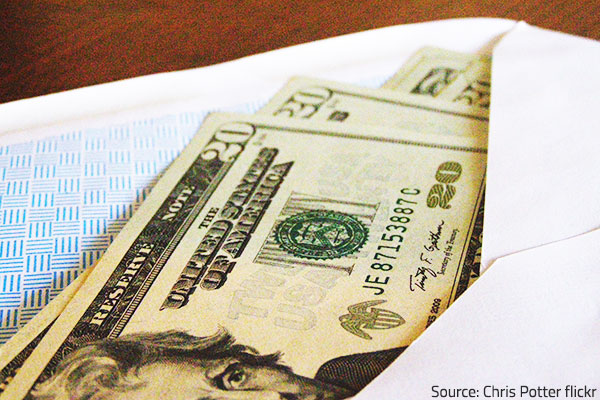 Tipping etiquette for movers.