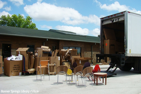 How do movers work?