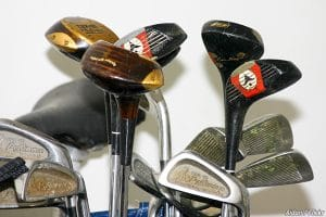 How to pack golf clubs by yourself
