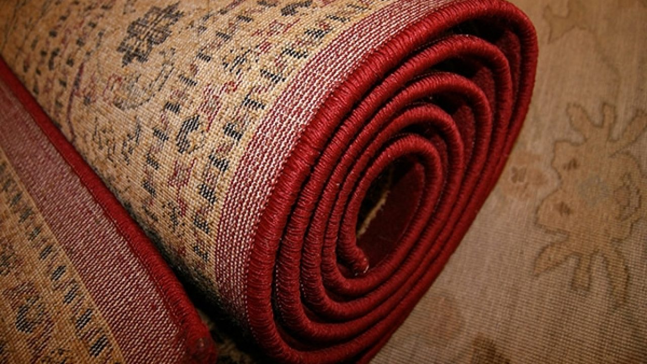 How to pack area rugs for moving