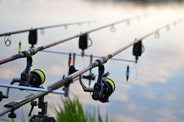 How to pack fishing rods when moving house